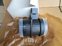 Genuine Vw Transporter T5 2.5 Tdi Air Mass Flow Meter Sensor 03g906461c