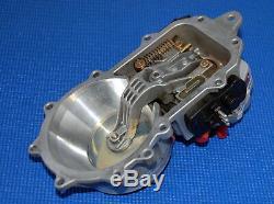 Mercedes-Benz Bosch 6-Cyl Fuel Distributor 190E 300E 300CE 300TE 260E 0438101012
