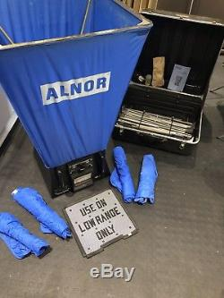 TSI Alnor Balometer air capture flow hood ventilation commissioning balancing